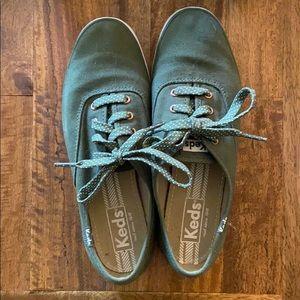 Green Keds Size 6